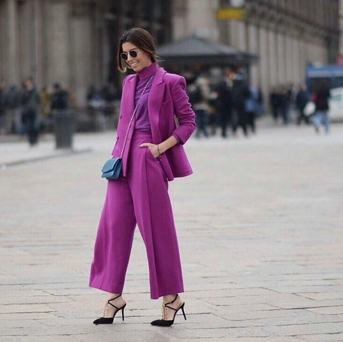 5 идей, как правильно носить фиолетовый цвет 17