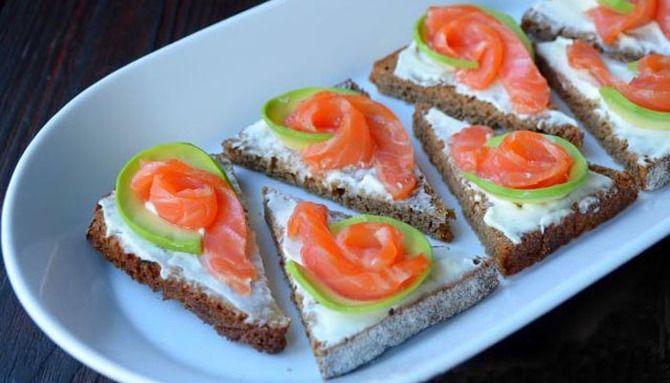 Апетитна закуска – бутерброди для новорічного столу 13