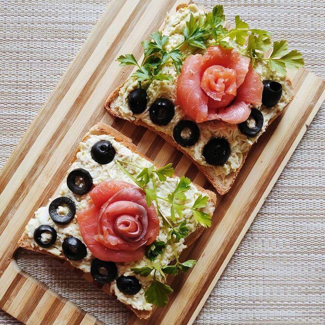 Апетитна закуска – бутерброди для новорічного столу 14