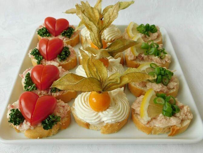 Апетитна закуска – бутерброди для новорічного столу 20
