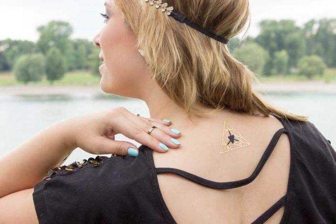Трендовые flash-tattoos – украшаем тело красивыми росписями 5
