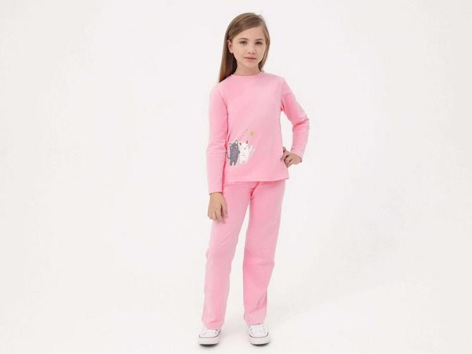 Необычная одежда для детей и взрослых – как выбрать крутой подарок на праздник 1
