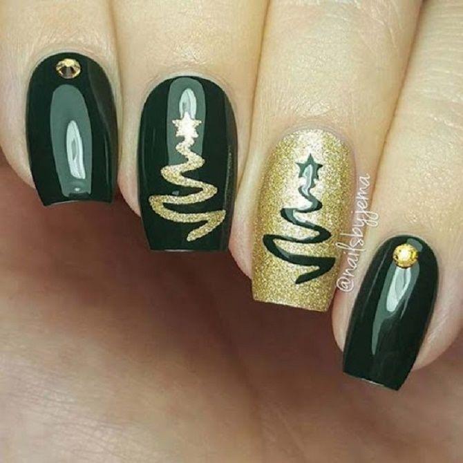 Святковий манікюр з ялинкою на Новий рік 2021: красиві варіанти дизайну нігтів 11