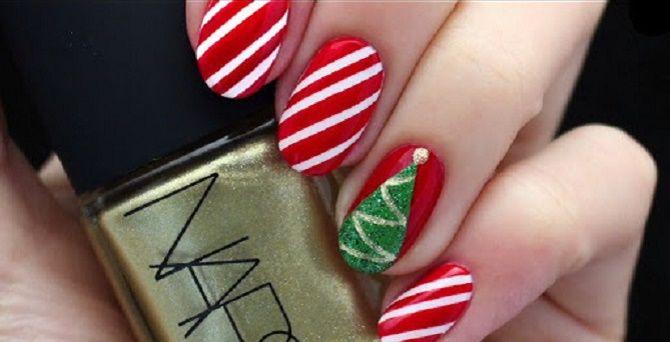 Святковий манікюр з ялинкою на Новий рік 2021: красиві варіанти дизайну нігтів 18