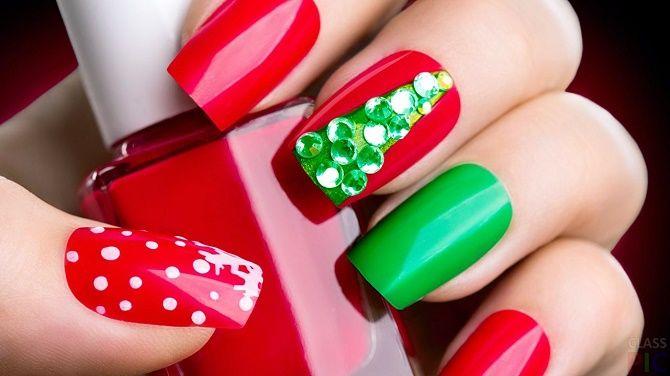 Святковий манікюр з ялинкою на Новий рік 2021: красиві варіанти дизайну нігтів 20
