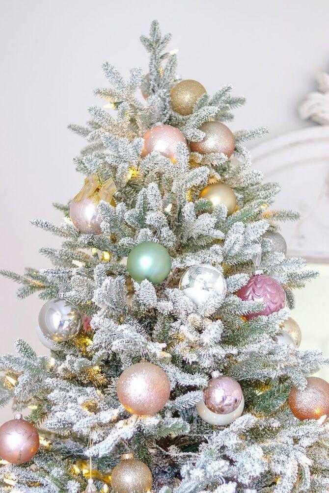 Рождественский декор: 40 сказочных идей украшения маленькой елки 14