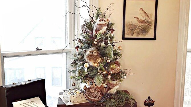 Рождественский декор: 40 сказочных идей украшения маленькой елки 15