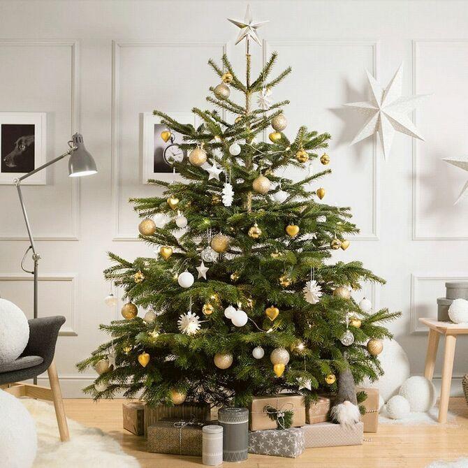 Рождественский декор: 40 сказочных идей украшения маленькой елки 27