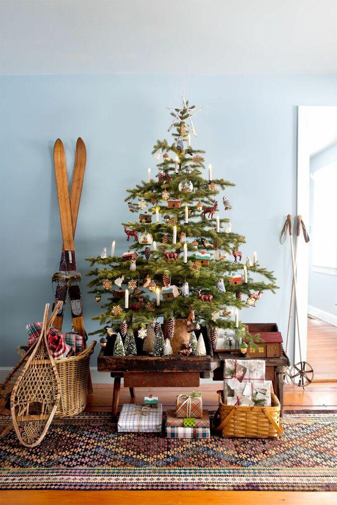Рождественский декор: 40 сказочных идей украшения маленькой елки 30