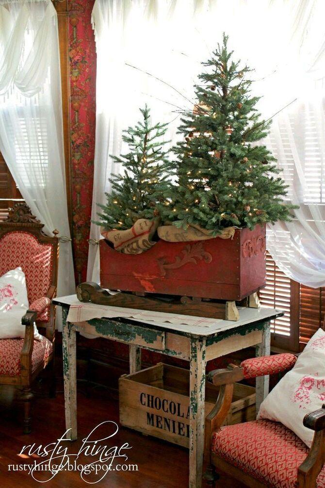 Рождественский декор: 40 сказочных идей украшения маленькой елки 33