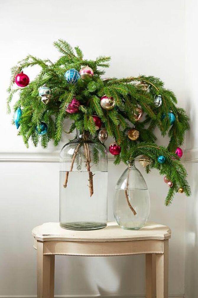 Рождественский декор: 40 сказочных идей украшения маленькой елки 6