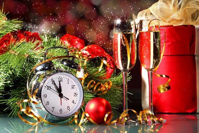 Красивые и прикольные новогодние тосты – как поздравить друг друга с Новым годом 2021? 3