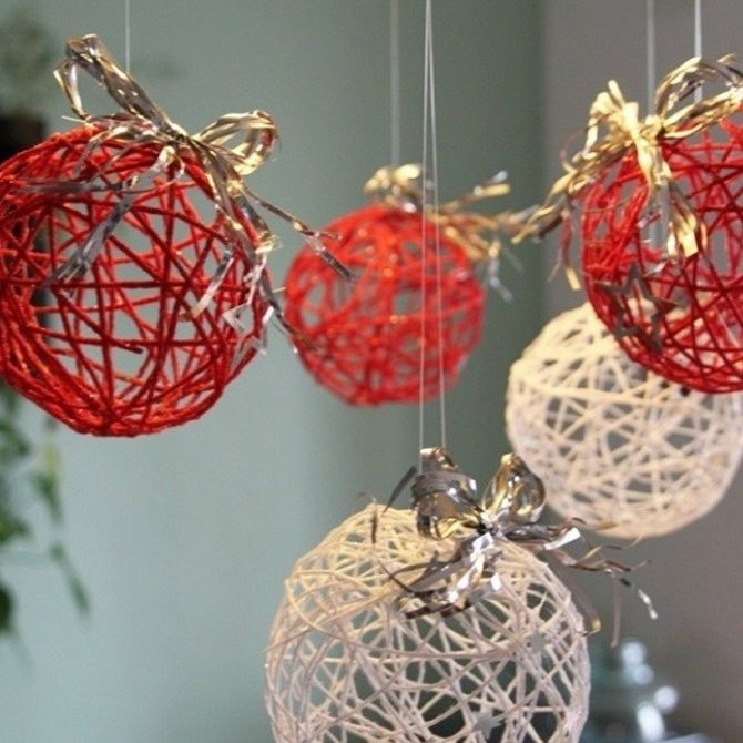 Красивый и необычный декор новогодних шаров – лучшие идеи с фото 1