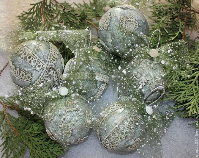 Красивый и необычный декор новогодних шаров – лучшие идеи с фото 15