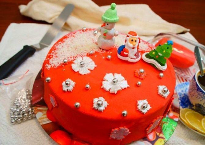 Найкрасивіші і оригінальні торти на Новий рік 2021: як прикрасити ласощі? 3