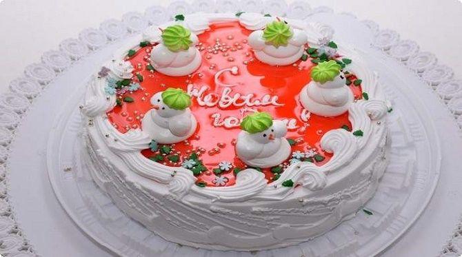 Найкрасивіші і оригінальні торти на Новий рік 2021: як прикрасити ласощі? 38
