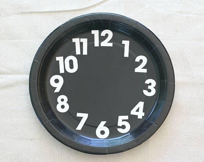Поделка новогодние часы 3