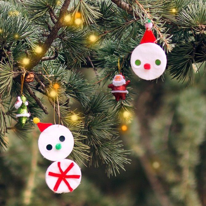 Как сделать снеговика из ватных дисков – лучшие новогодние поделки 2