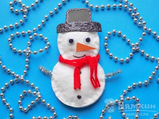 Как сделать снеговика из ватных дисков – лучшие новогодние поделки 20
