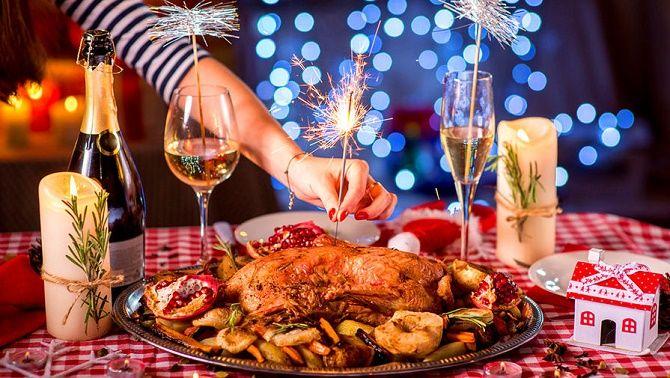 Найсмішніші новорічні тости 2021 – веселі та прикольні поздоровлення з Новим роком 1