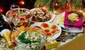 Украшение праздничных блюд: новогодняя символика 2021 на столе