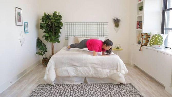 Тренування для ледачих: 11 вправ у ліжку для тонусу тіла 6