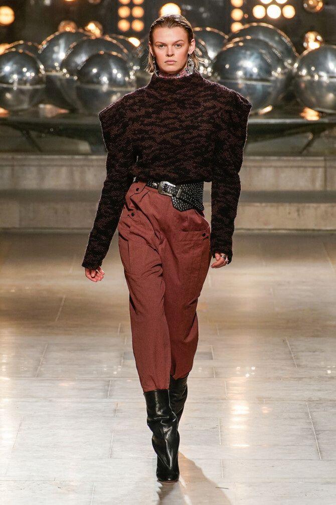Высокие сапоги и костюмные брюки — как сочетать 1