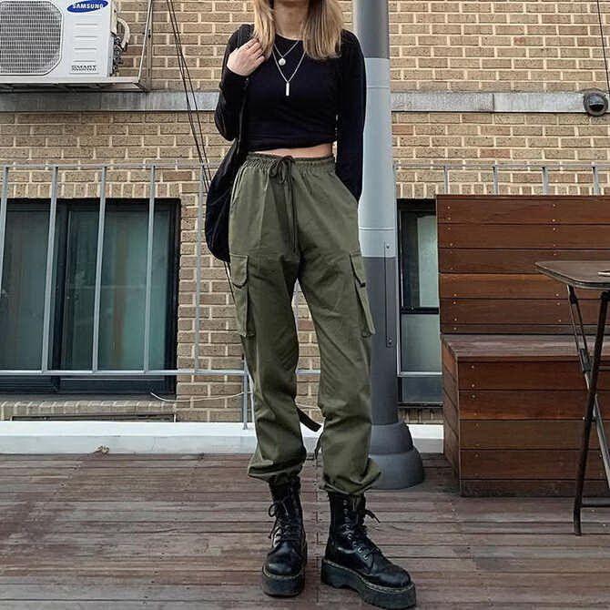 Высокие сапоги и костюмные брюки — как сочетать 16