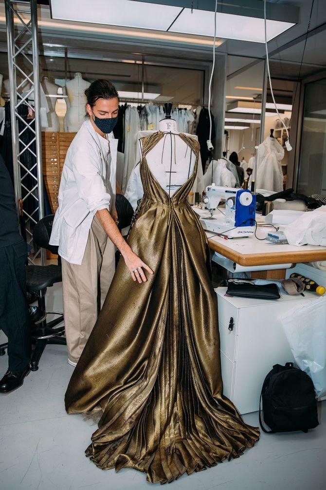 Неделя Высокой моды в Париже: показы Chanel, Valentino, AZ Factory, и Giorgio Armani Privé 1