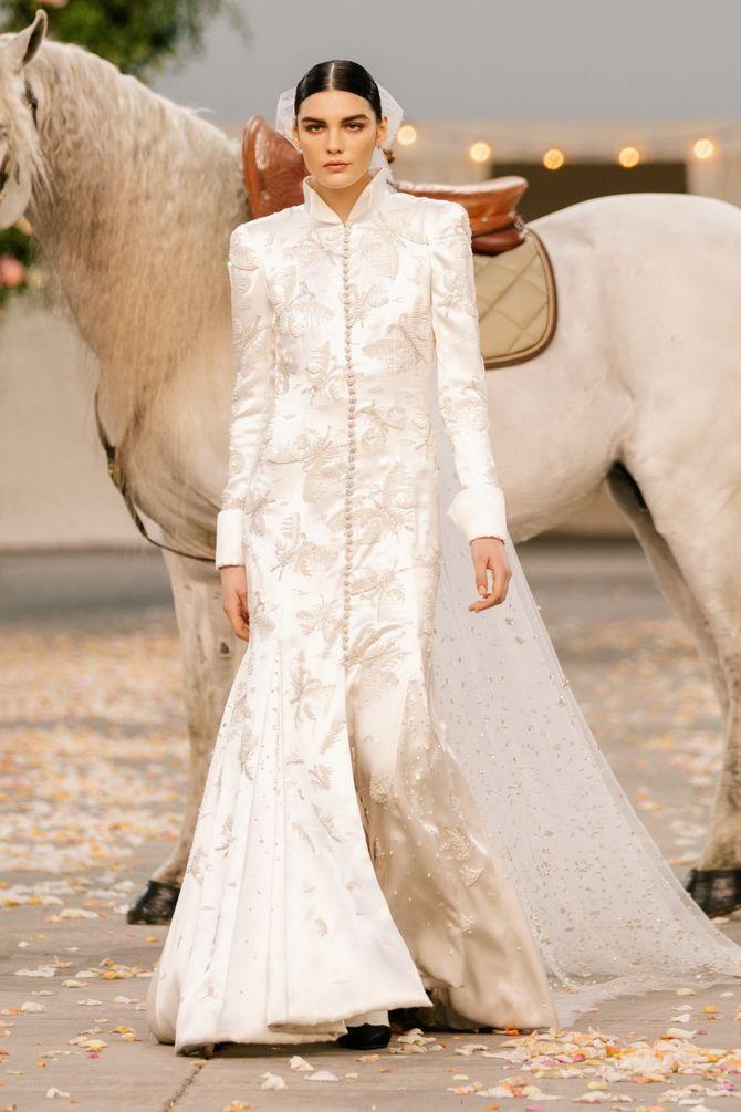 Неделя Высокой моды в Париже: показы Chanel, Valentino, AZ Factory, и Giorgio Armani Privé 6
