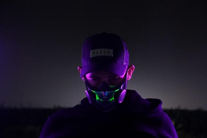 Razer представила Smart-маску для борьбы с пандемией 4