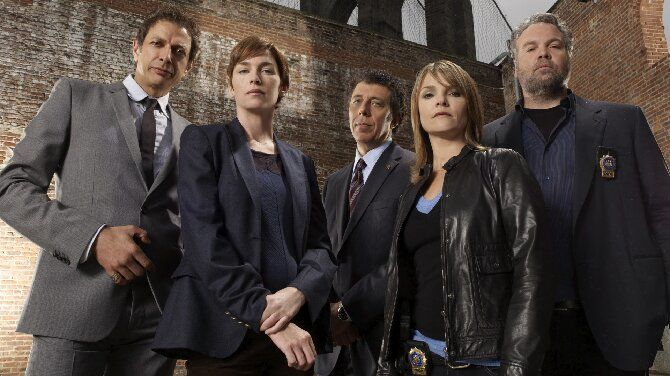 Гроза криминала: 10 лучших сериалов про полицейских, которые обязательно нужно посмотреть 3