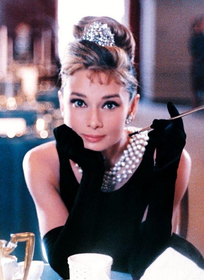 Модные приемы Одри Хепберн, которые стоит использовать и сейчас 1