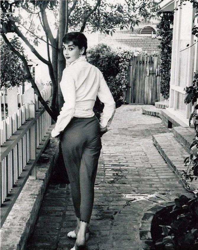 Модные приемы Одри Хепберн, которые стоит использовать и сейчас 14