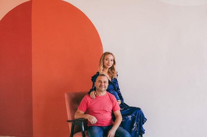 55-річний Віктор Павлік вчетверте стане батьком – його молода дружина вагітна 2