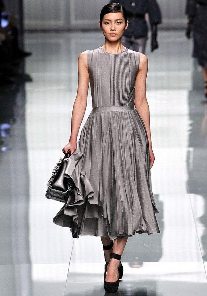 Сірі вечірні сукні на піку популярності – які фасони вибирати 8