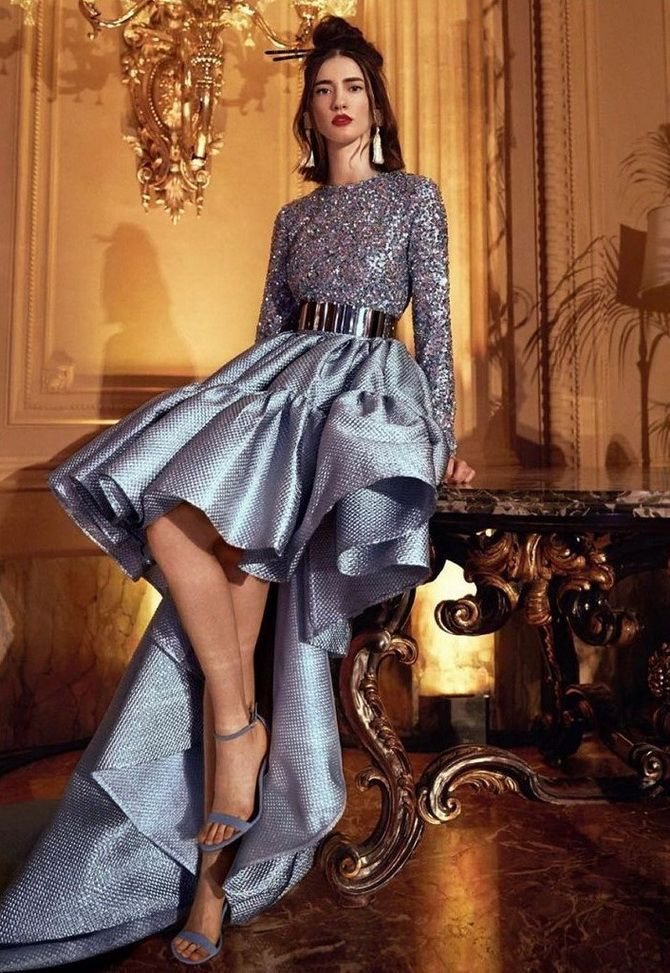 Сірі вечірні сукні на піку популярності – які фасони вибирати 13