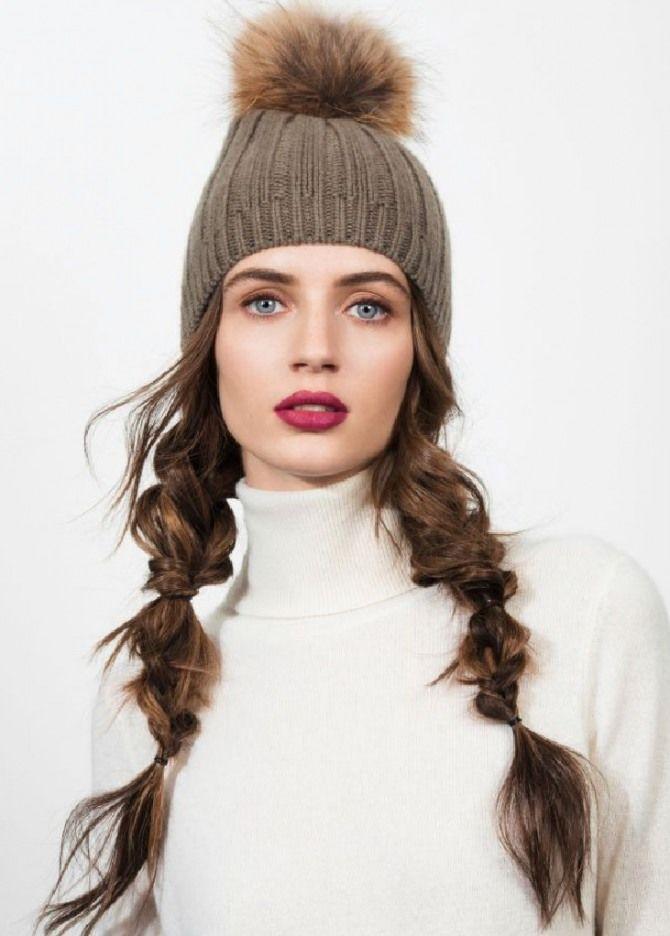 Удачные зимние прически под шапку: советы и идеи как избежать шляпных волос 12