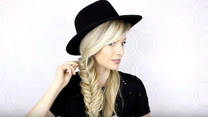 Удачные зимние прически под шапку: советы и идеи как избежать шляпных волос 14