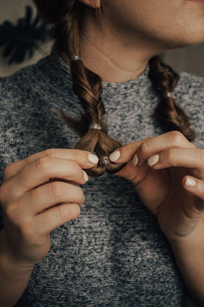 Удачные зимние прически под шапку: советы и идеи как избежать шляпных волос 21