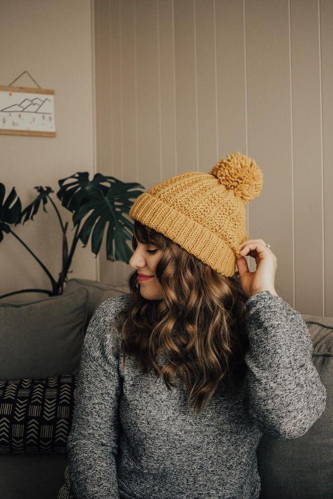 Удачные зимние прически под шапку: советы и идеи как избежать шляпных волос 24
