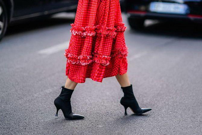 С какой обувью сочетать платья миди? 1