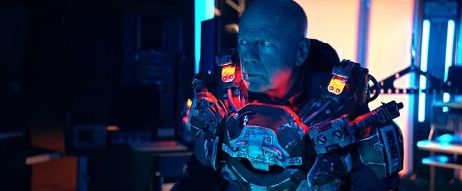 Брюс Вілліс в новому фільмі надів броню Залізної людини (відео) 1