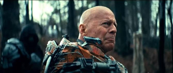 Брюс Вілліс в новому фільмі надів броню Залізної людини (відео) 2