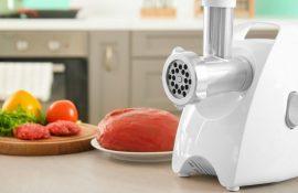 Электрическая или механическая мясорубка: что лучше для дома