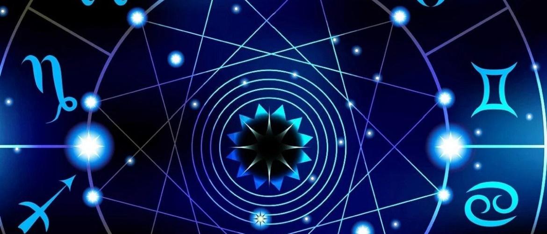Гороскоп на март 2021: что нам сулят звезды?