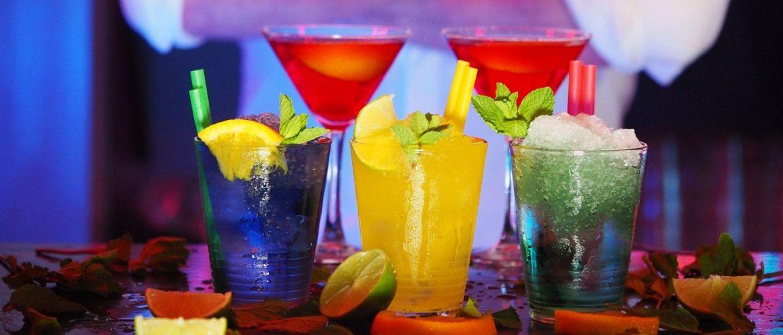 День бармена: привітання барменів з їх святом