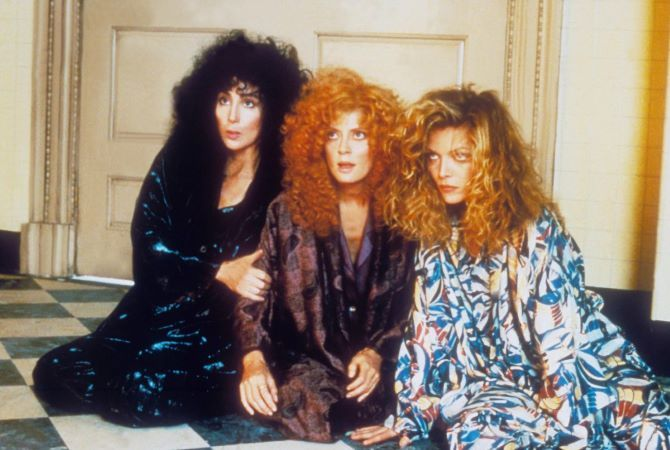 Голливудские красавицы, которые сыграли ведьм: кто страшнее? 2