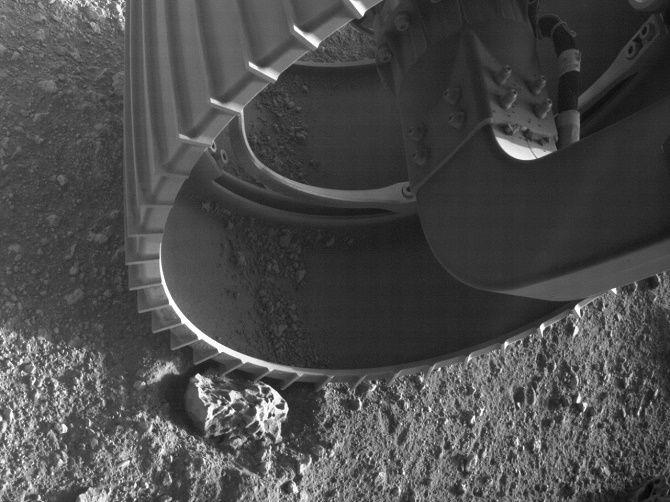 Марсохід NASA Perseverance надіслав на Землю перше відео і аудіо з Марса 2