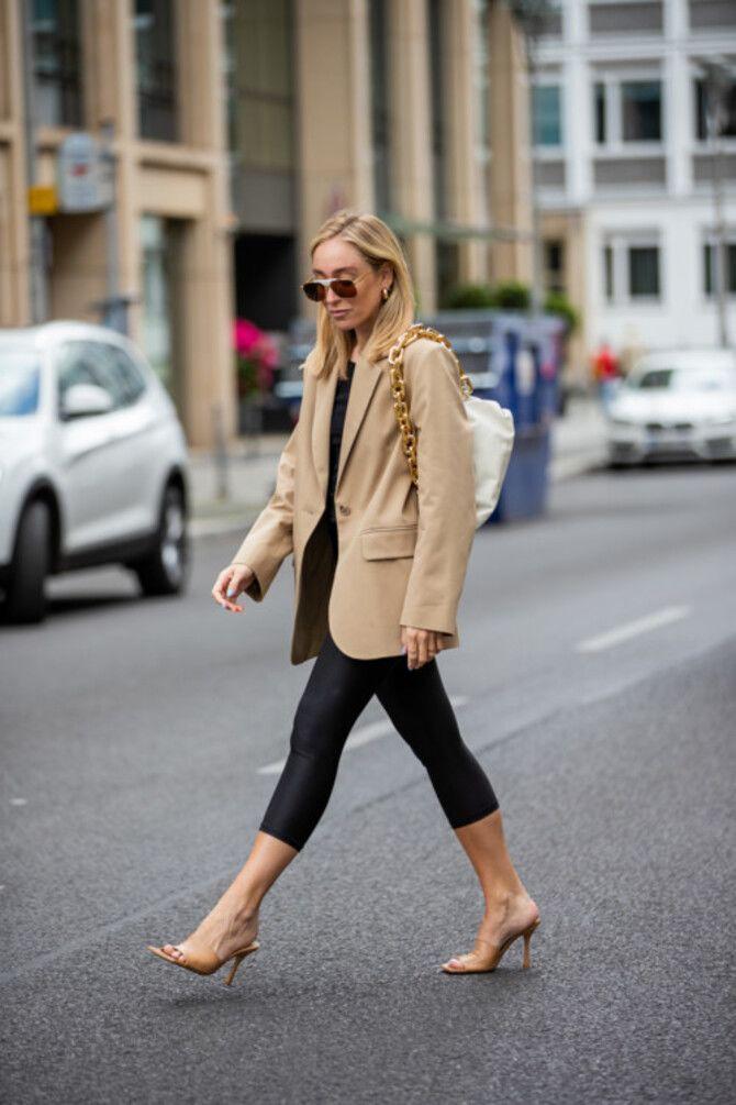 Як носити лосини взимку, щоб не виглядати недолуго? 10